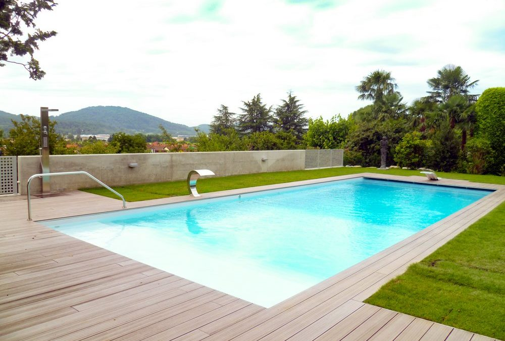 Bordo piscina in WPC – Casa privata